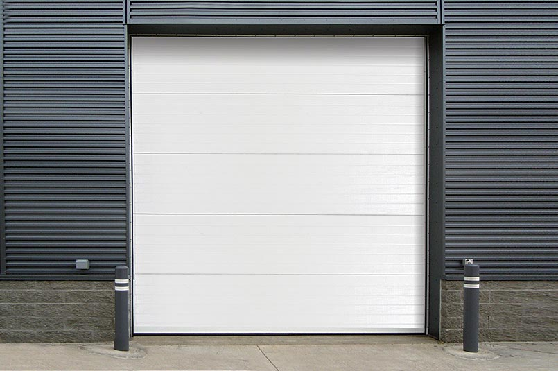 new insulated commerical sectional door