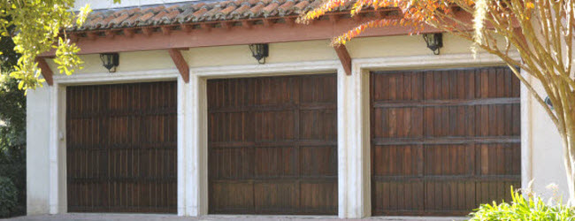 ... Old Style Wood Garage Doors ...