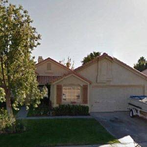 Overhead Door Blog Flipping Homes And Garage Doors Hgtv