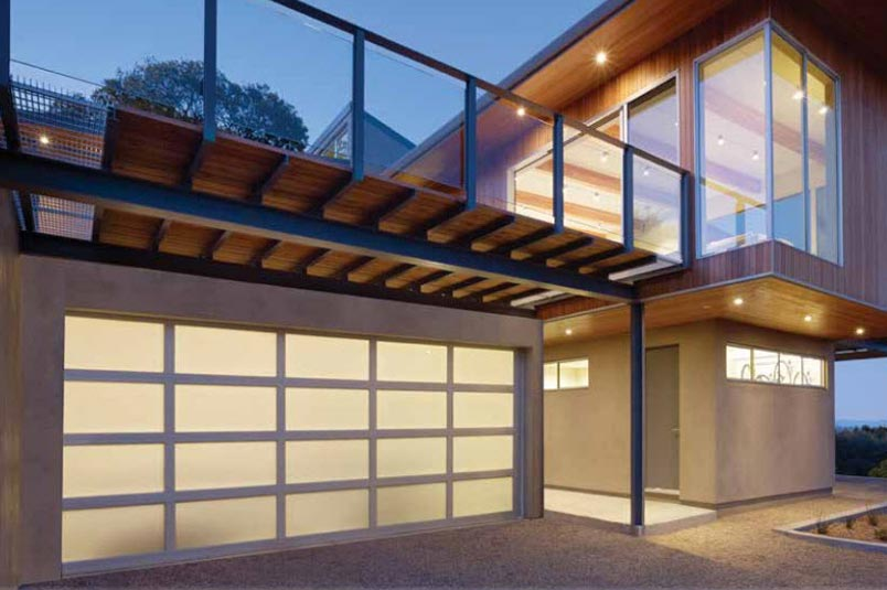 Modern Aluminum. Sleek, Sophisticated Aluminum Glass Garage Doors.